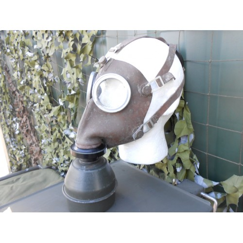 French / Belgian Army 1930's Gas Mask + Filter