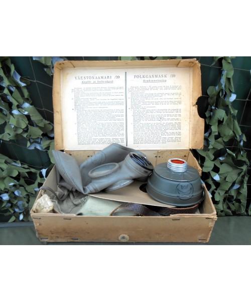 Finnish Army WW2 Gas Mask Set