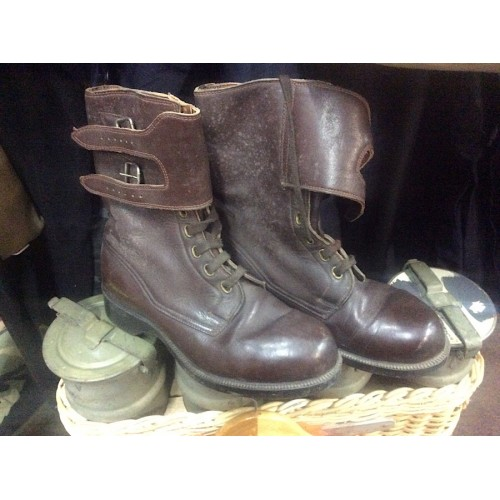 HU Army Brown Leather Cavalry Boots